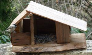 Abris d'animaux: fabriquer sa mangeoire, nichoirs, abris à insectes